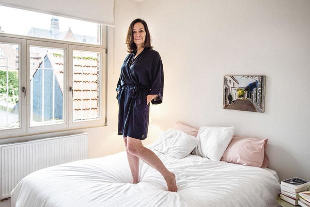 Tussen de lakens bij Anne Zellien na haar scheiding: 'Ik koester de tijd alleen'