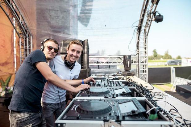 Poperings DJ-duo Dizzy Dropz stond op line-up van omstreden Vestiville