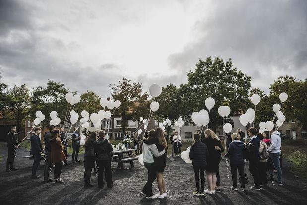 Emotioneel herdenkingsmoment voor vermoorde Youlia (19)