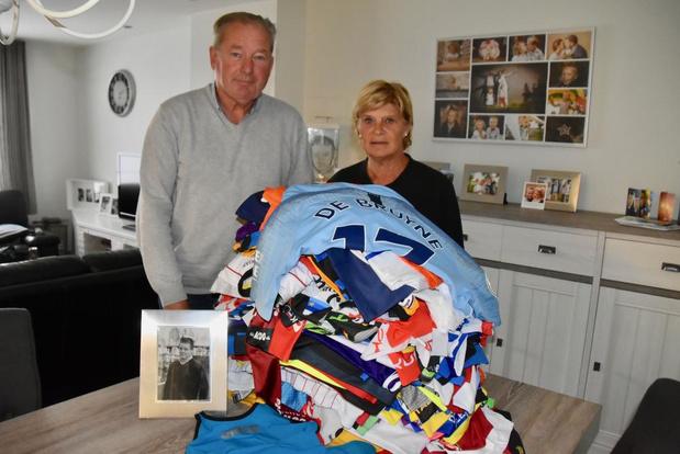 Van Kevin De Bruyne tot Nafi Thiam: familie Pattyn veilt 150 sporttruitjes voor de Warmste Week