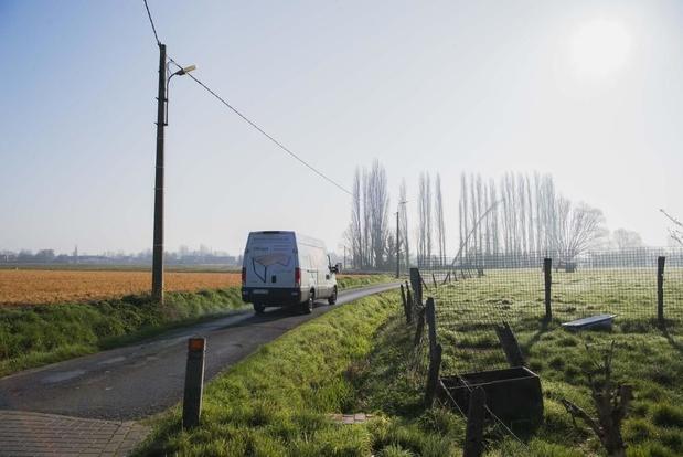 Landelijke woonwijken kreunen onder sluipverkeer, tractorsluis moet soelaas bieden