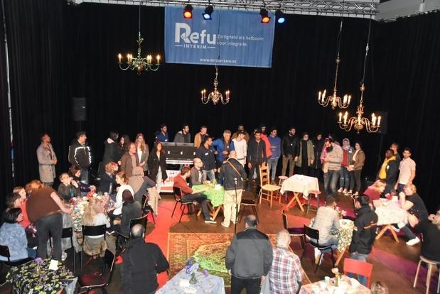 Anderstalige nieuwkomers organiseren een feest uit het niets