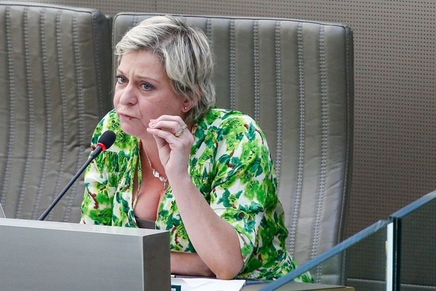 Katia Segers (SP.A) hekelt 'ontransparante en onwettige' samenwerking VRT en Streamz