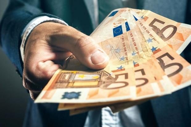 'Moet contant geld snel verdwijnen?'