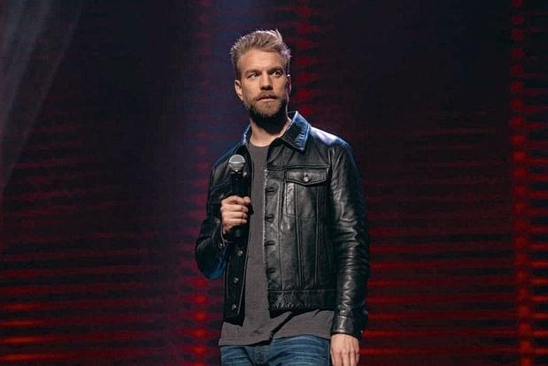 Tv-tip: Anthony Jeselnik brengt stand-up voor iedereen, behalve voor kersverse ouders