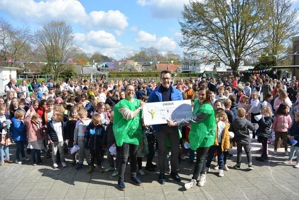Recordbedrag voor Sponsorloop Sint-Pieterschool Oostkamp