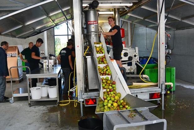 Mobiele fruitpers verhuist naar Beernem