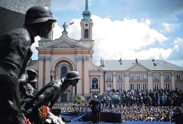 Comment la Pologne s'inspire du modèle américain façon Trump