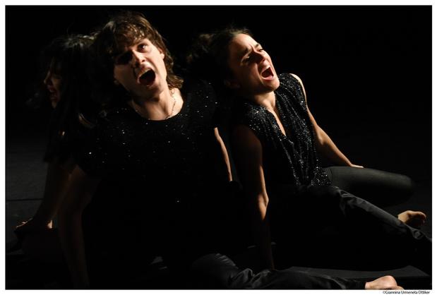Liz Kinoshita vat de coronagelatenheid in donkere musical '11 O'clock'