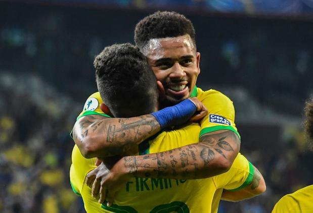 """Le Brésil remporte le """"superclassico"""" face à l'Argentine de Messi et file en finale de la Copa América"""
