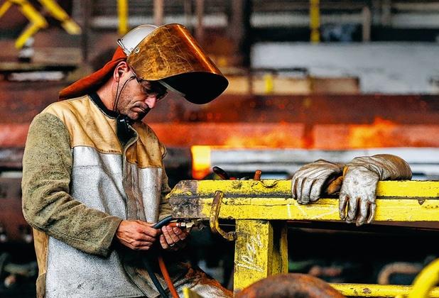 ArcelorMittal is een staalreus op lemen voeten