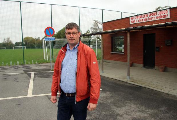 Hondenclub Wilskracht kan voortaan terecht op voetbalterrein