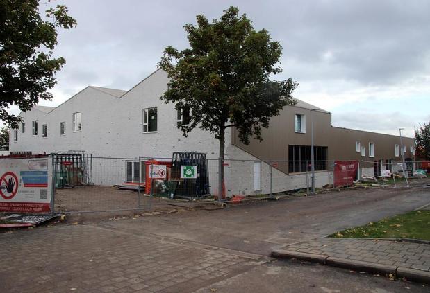 Omgeving gemeenteschool in Heestert wordt aangepakt