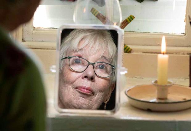 Cette retraitée défie la modernité (en images)