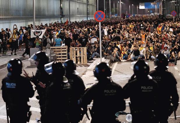 """""""Tsunami Democràtic"""", le groupe secret derrière les séparatistes catalans"""