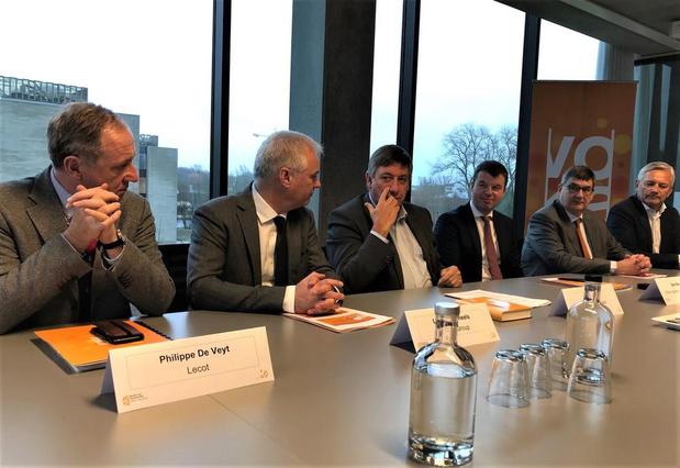 "Minister-president Jan Jambon: ""Brexit dreigt vooral West-Vlaanderen te treffen"""