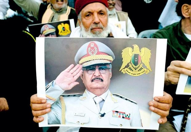 Steunt Frankrijk Libische krijgsheer?