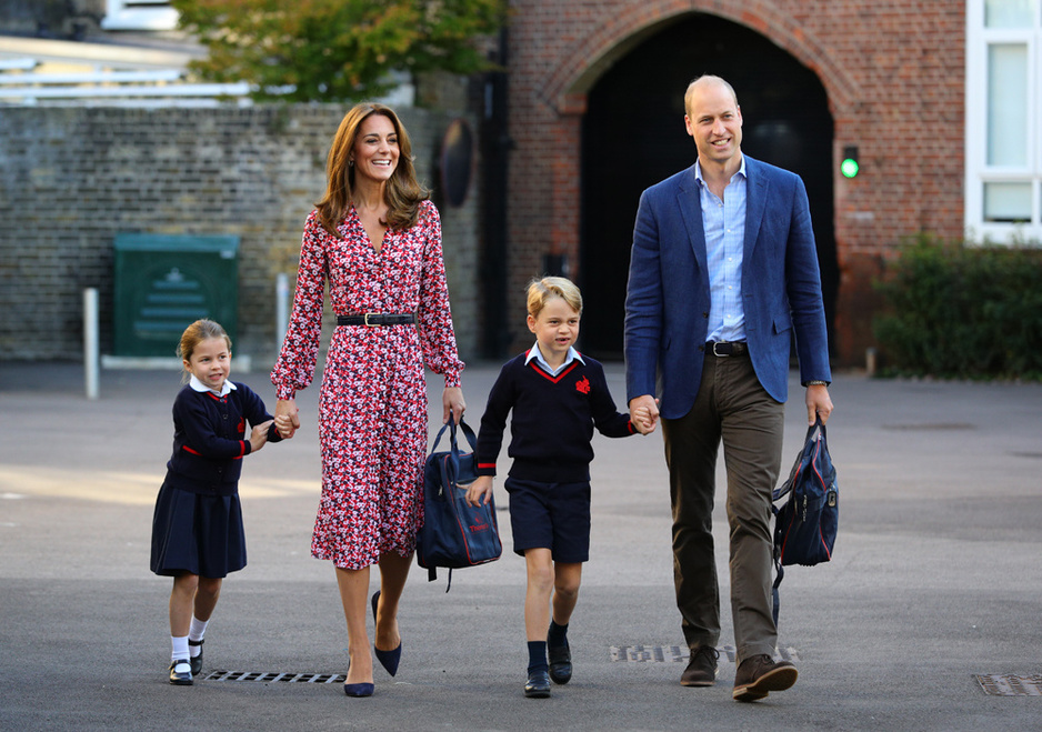 La rentrée des classes des petits princes de Cambridge (en images)