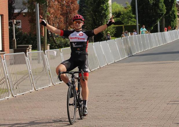 Winst voor Mathias Vandenborre bij de juniores in Izegem