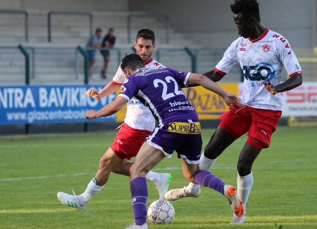 KV Kortrijk haalt het in galawedstrijd tegen KRC Harelbeke met 3-0