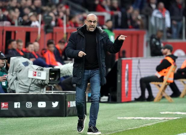 Peter Bosz met Bayer Leverkusen in Moskou op zoek naar goals in jubileumwedstrijd