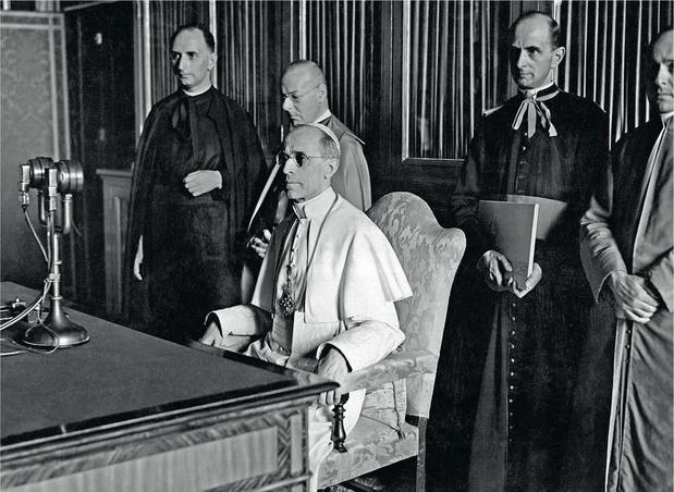 Archief Pius XII: Vaticaan hoopt naam oorlogspaus te zuiveren