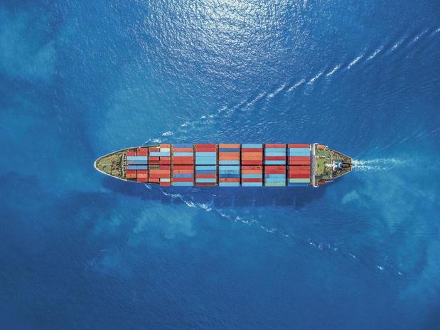 Een cruise op een vrachtschip