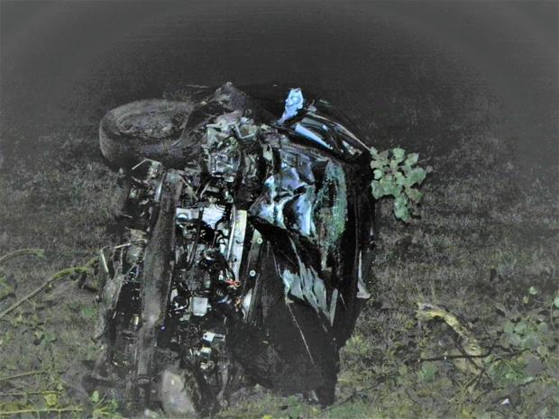 Drie jongeren als bij wonder lichtgewond na zwaar ongeval in Kortemark