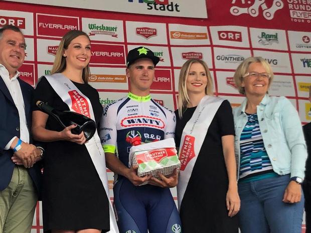 Tom Devriendt sprint naar tweede profzege in Ronde van Oostenrijk