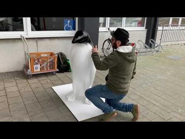 Video - Kunst in de luchthaven van Oostende