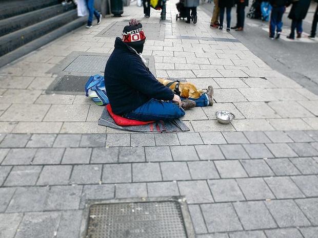 À Liège, on persécute les mendiants, pas la pauvreté !