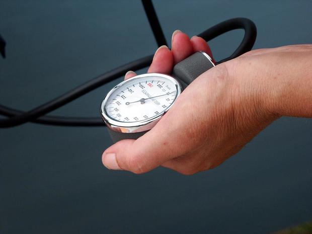 Mesurer la pression artérielle en continu pour mieux prévenir les problèmes cardiaques