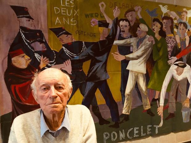 70 jaar na symbolische arrestatie onthult 92-jarige schilderij over zichzelf op vredesexpo