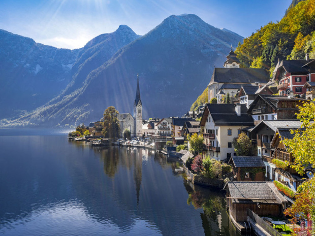 Le village autrichien de Hallstatt supplie les touristes de ne plus venir