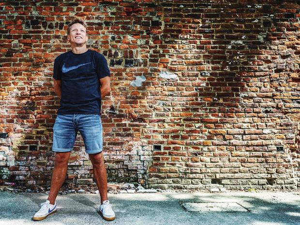 Wesley Sonck over zijn jeugdjaren in het café: 'Ik had alles al gezien voor ik in het voetbal kwam'