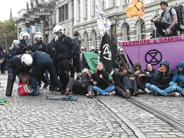 Police : pour une réaction proportionnée