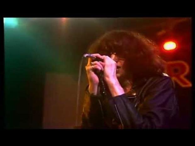 Ramones - Needles and Pins 1978
