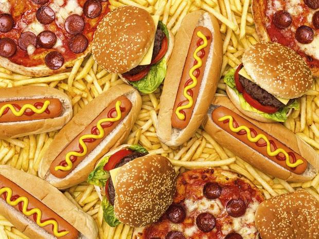 Blind door het eten van junkfood