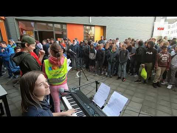 VTI Menen zingt tegen armoede