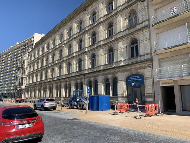 Oostendse politie treft acht illegalen aan in oude schoolgebouwen Vives