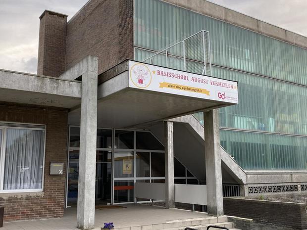 Inbrekers stelen cash geld voor tussendoortjes in Oostendse lagere school