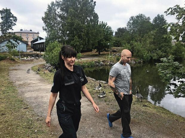 Plongée dans la prison finlandaise de la rédemption (Reportage)