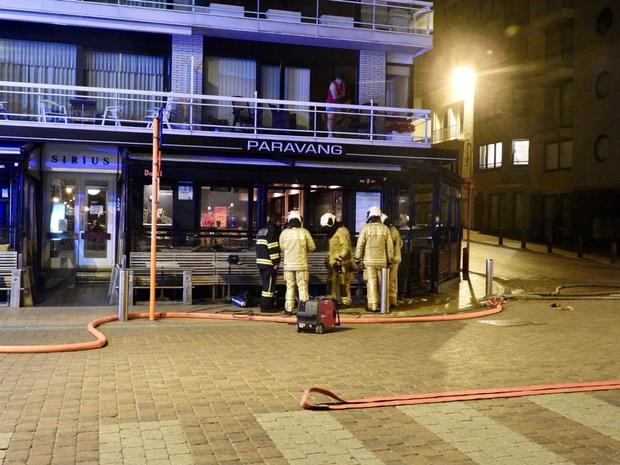 Vuilnisbak met keukenresten vat vuur en veroorzaakt rookschade in Blankenbergs restaurant