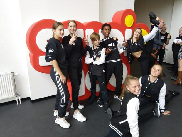 Zeven dansers van MSKA Roeselare van de partij tijdens afscheidsshows Samson en Gert