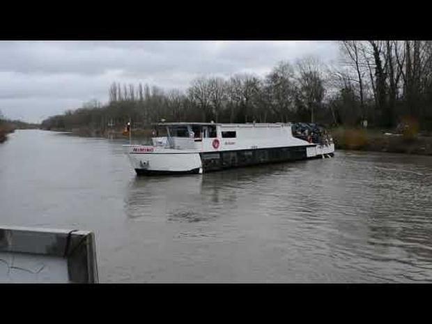Warmste boot vaart via de Leie van Wevelgem naar Kortrijk