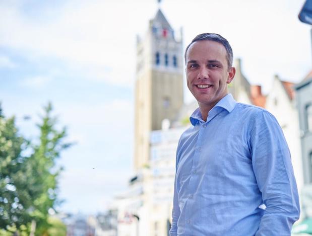 Tom Vandenkendelaere volgt Nathalie Muylle op als schepen in Roeselare