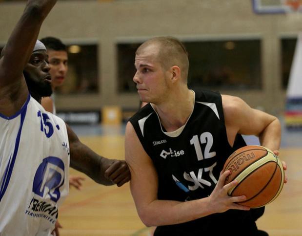 Basket Sijsele One vindt center