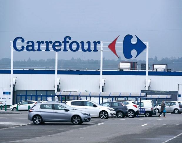 Carrefour renoue avec les bénéfices après la cession de ses activités en Chine
