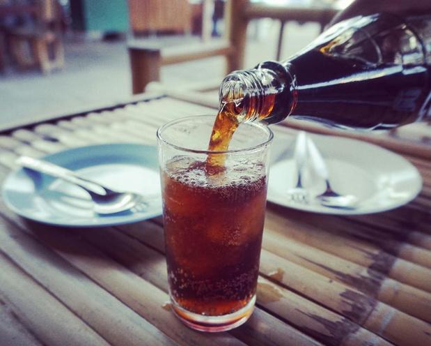 Les sodas, y compris ceux allégés en sucre, accroissent le risque de mort prématuré.