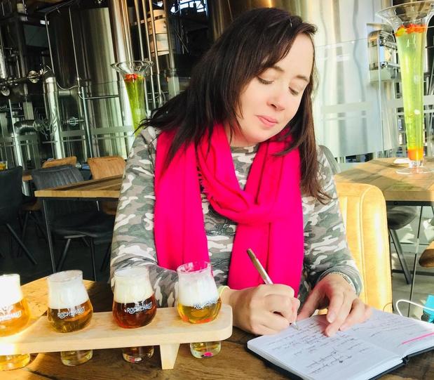 Sofie Vanrafelghem trekt naar Wallonië voor vervolg op populair bierboek
